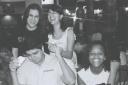Eric Bormann (irmão S.andra), Aretha Cipriano Sant´Anna, Maitêe Cipriano Sant´Anna, Sidney de Castro, Sandra Bormann, - P&B - Praça Alimentação Shopping ABC Plaza, Santo André