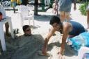 Sidney de Castro, Max Mario Fuhlendorf, - enterrado na areia - Praia Enseada, Guarujá